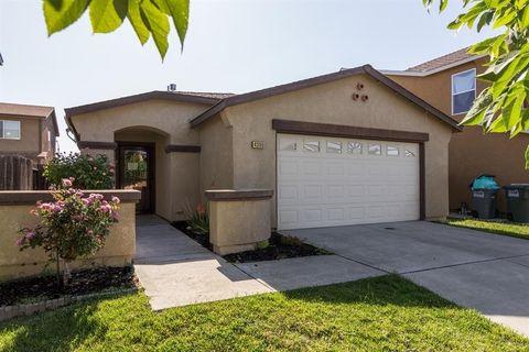 4390 Briggs Ln, Merced, CA 95348