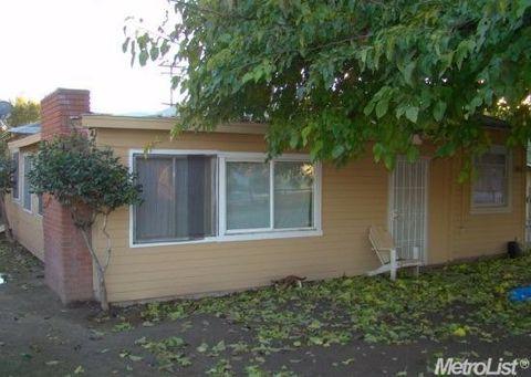 1208 Beverly Dr, Modesto, CA 95351