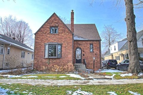 3506 Hollywood Ave, Brookfield, IL 60513