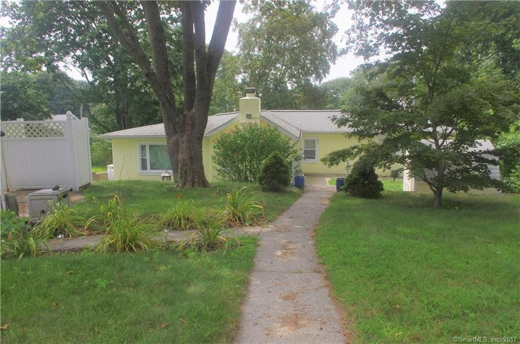 53 Olive St, Waterford, CT 06385 - realtor.com®