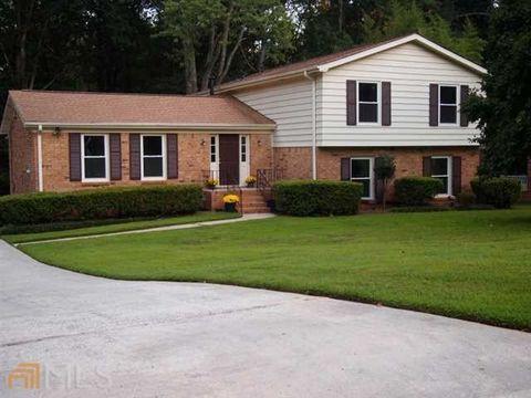 1416 Drayton Woods Dr, Tucker, GA 30084