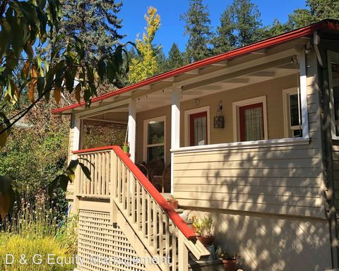Photo of 17705 Greentree Way, Guerneville, CA 95446