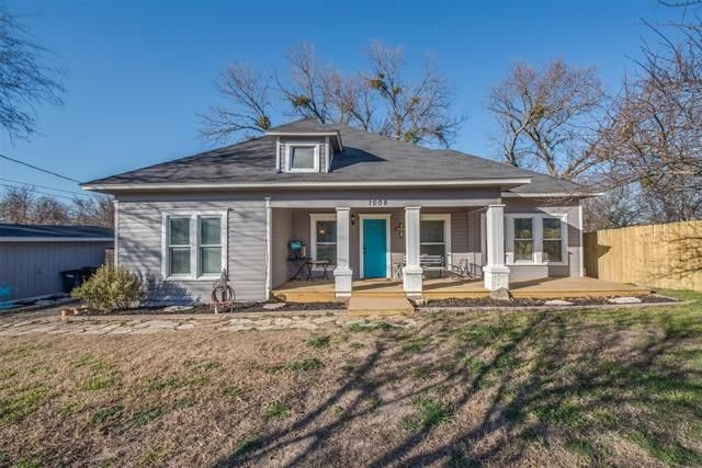 1008 W Spring St Weatherford, TX 76086