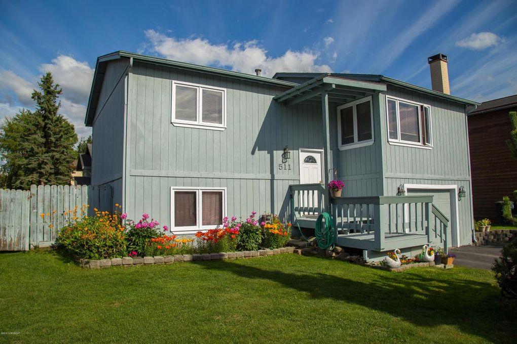 511 Mellow Pl, Anchorage, AK 99508