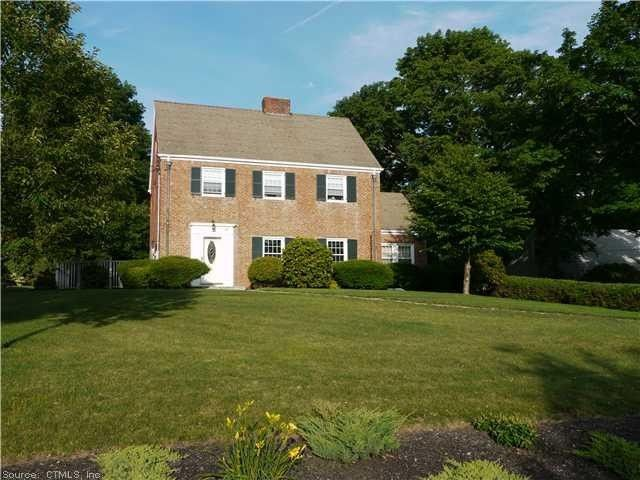 40 Woodland Ave Bloomfield CT 06002
