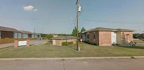 Photo of 330 N Erby Campbell Blvd, Royse City, TX 75189