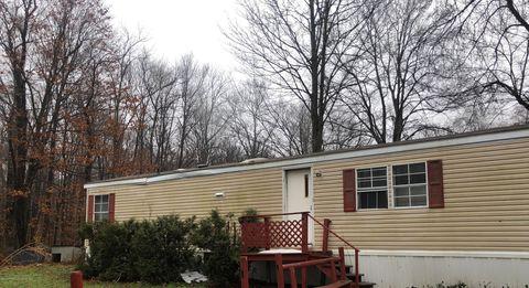 Photo of 326 Angle Ln, Covington Township, PA 18424