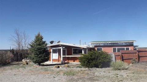 Photo of 549 State Road 567, Carson, NM 87517