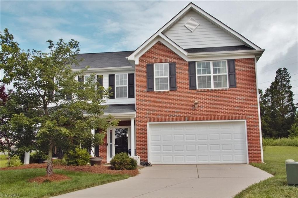 4009 Tonsley Ct, High Point, NC 27265