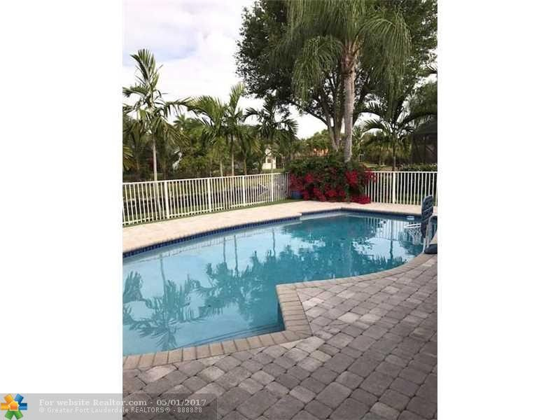 5646 Nw 87th Way, Coral Springs, FL 33067