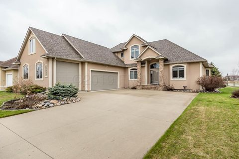Photo of 1927 Princeton Ln, West Fargo, ND 58078