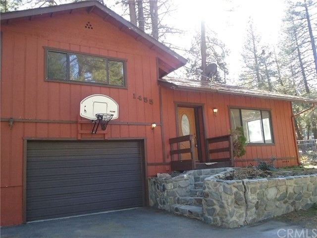 1455 Barbara St, Wrightwood, CA 92397