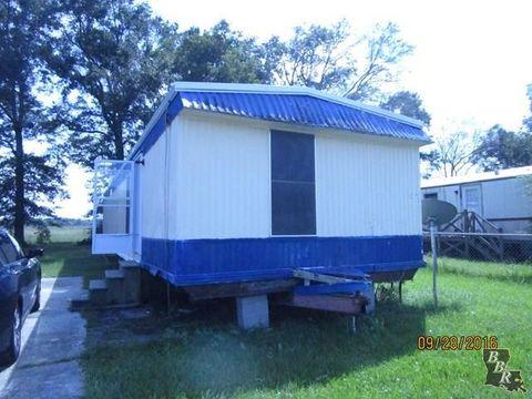 412 Mobile Estates Dr, Houma, LA 70359