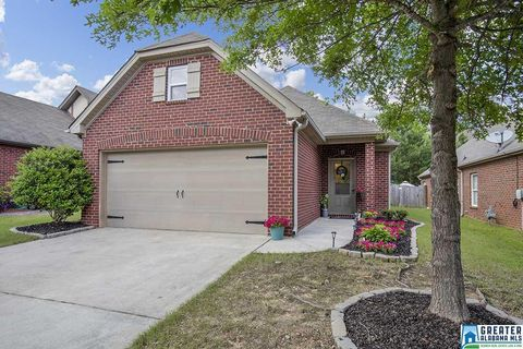 Photo of 6448 Southern Trace Dr, Leeds, AL 35094