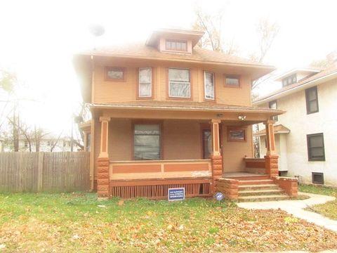 1256 E Maple St, Kankakee, IL 60901