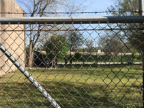 Photo of 1317 E 29th St, Houston, TX 77009