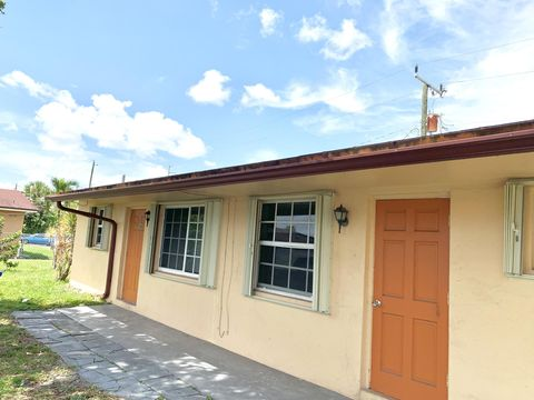 Photo of 5934 Mc Kinley St, Hollywood, FL 33021