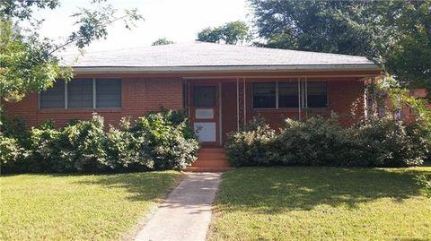 929 W Morton St, Denison, TX 75020