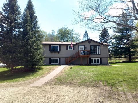 Photo of 3013 County Road Dd, Springfield, WI 54013