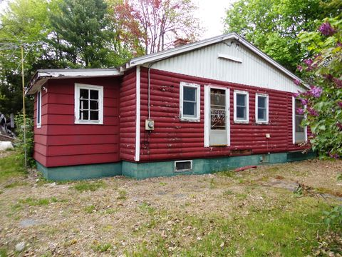 Photo of 17 Bowdoin Ave, Old Town, ME 04468