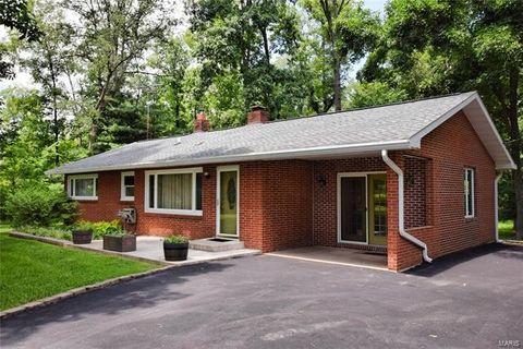 Photo of 8133 Oakdale Rd, Ellis Grove, IL 62241