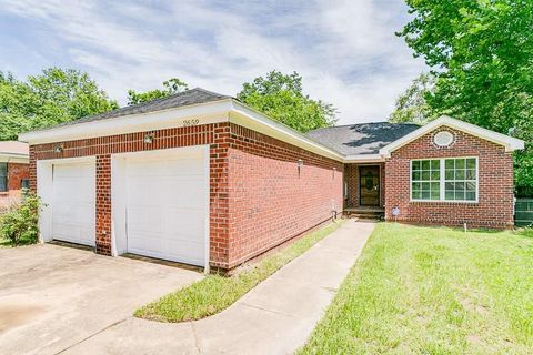 Photo of 2659 Carter Ave, Mobile, AL 36617