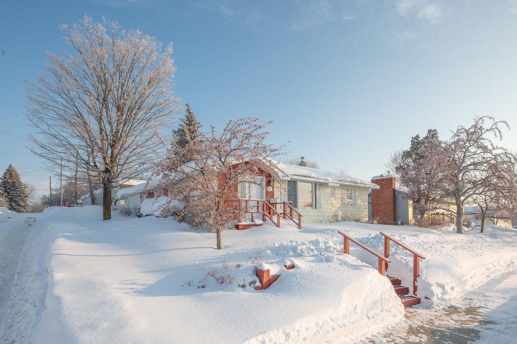 516 James St, Detroit Lakes, MN 56501