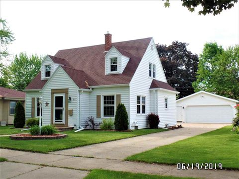 Photo of 910 E Maple St, Appleton, WI 54915