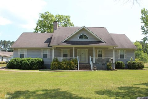 1364 Meadows Rd, Newborn, GA 30056