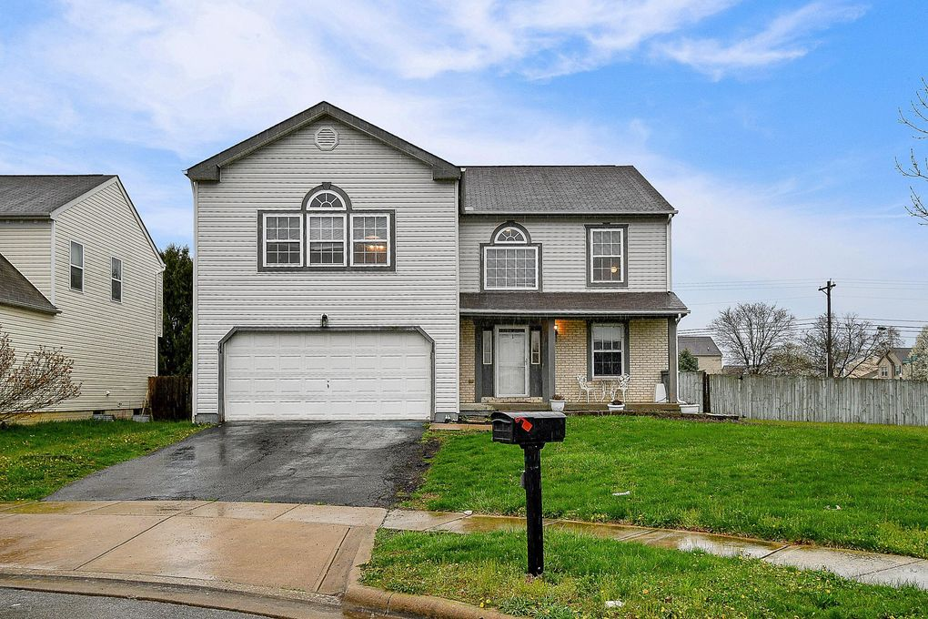 7000 Laurel Boat Ln, Canal Winchester, OH 43110