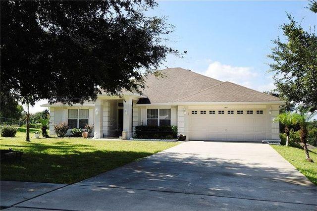 1952 southern oak loop minneola fl 34715 home for sale