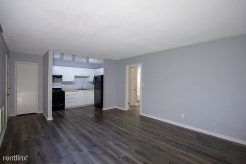 Photo of 154 Goodson Ave Apt 2 A, Chattanooga, TN 37405