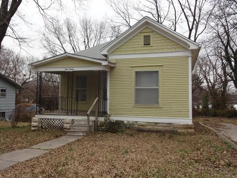 412 S Wald Ave, Independence, KS 67301
