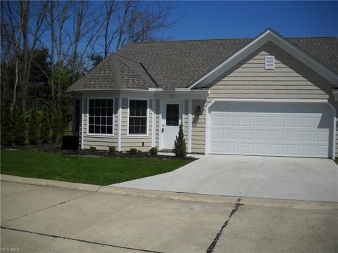 Photo of 792 Rivers Edge Ln, Painesville, OH 44077