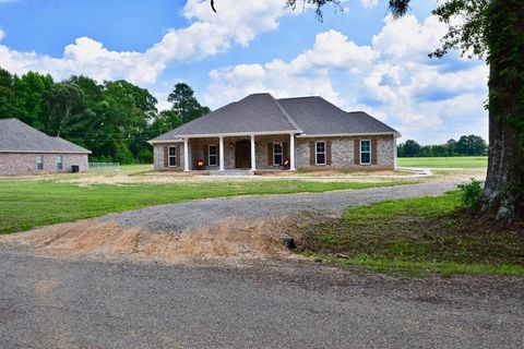 Photo of 242 Creduer Rd, Pineville, LA 71360