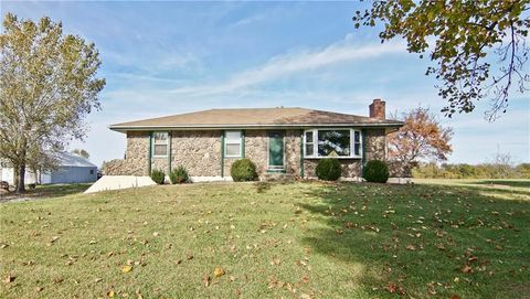31208 State Route 7 Hwy, Garden City, MO 64747