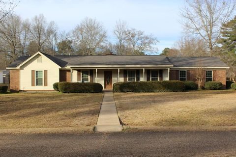 303 Bellview Dr, Aberdeen, MS 39730