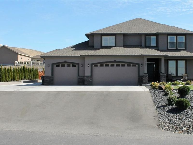 2611 n clover rd kennewick wa 99338 home for sale