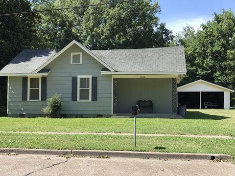 1006 Lamar St, Cleveland, MS 38732