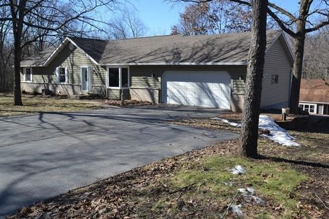 4416 Valley View Ln, Waterford, WI 53185