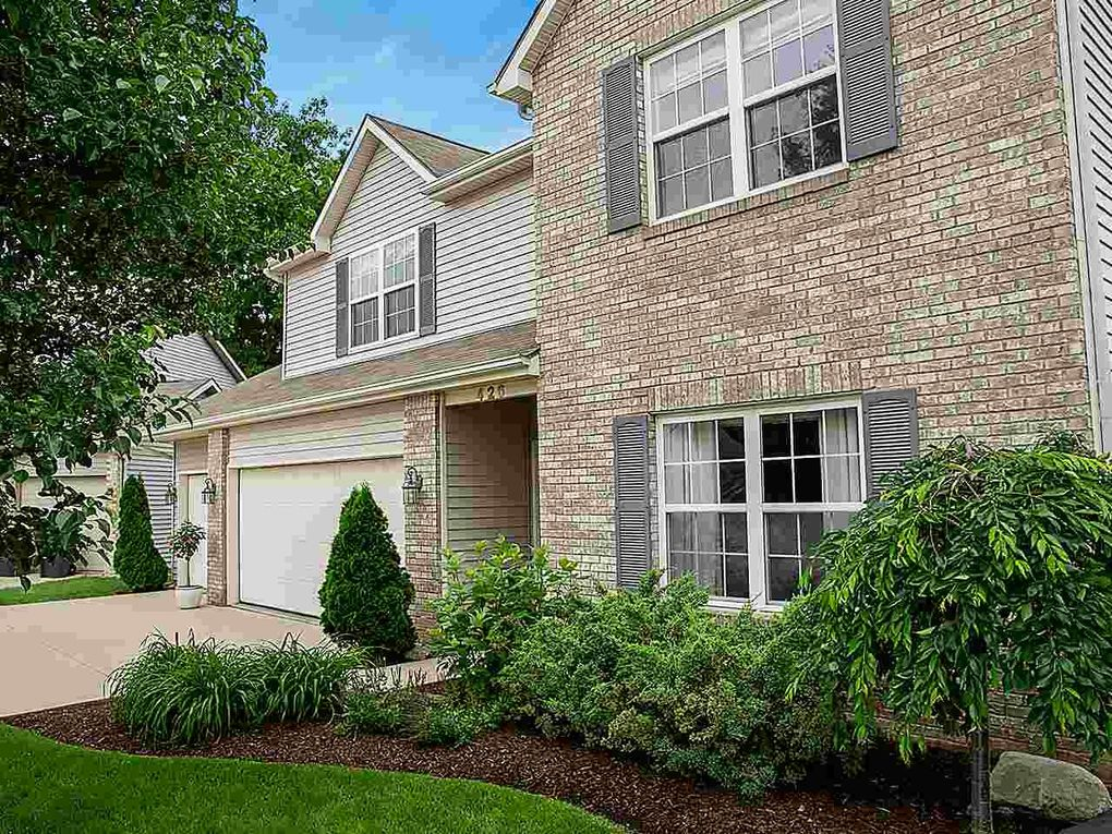 426 Treeline Cv, Fort Wayne, IN 46825