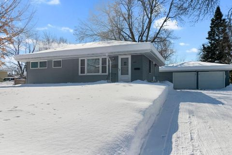 Photo of 5207 66th Ave N, Brooklyn Center, MN 55429