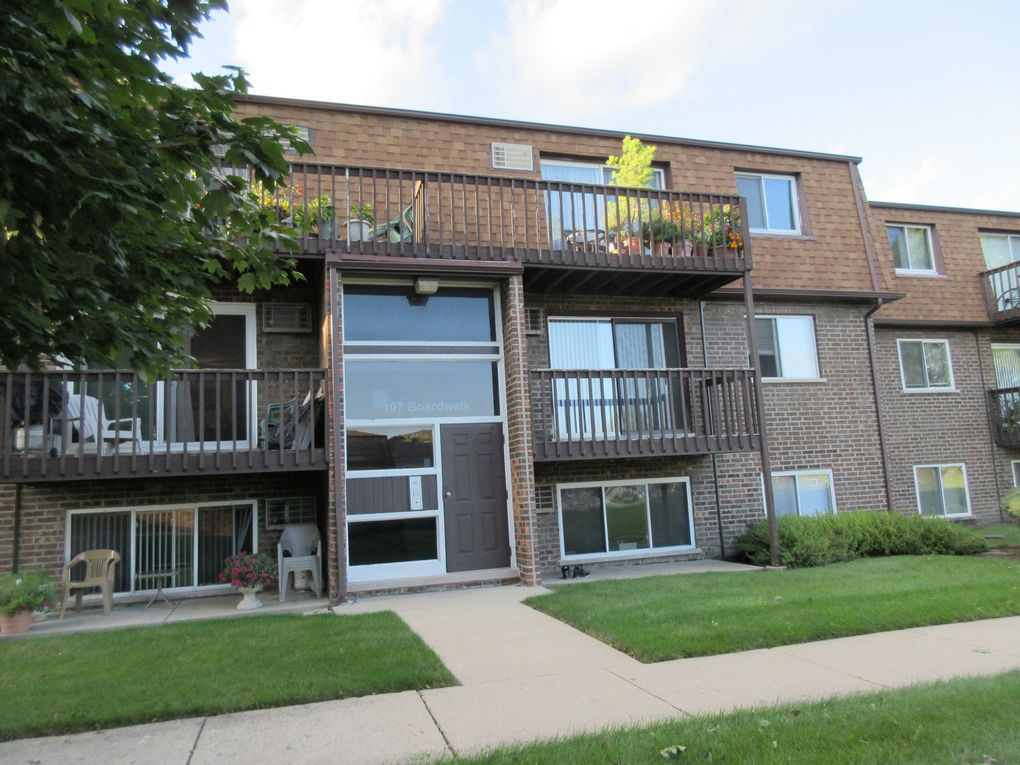 107 Boardwalk St Unit 2E Elk Grove Village, IL 60007