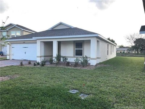 10408 Canal Brook Ln, Lehigh Acres, FL 33936