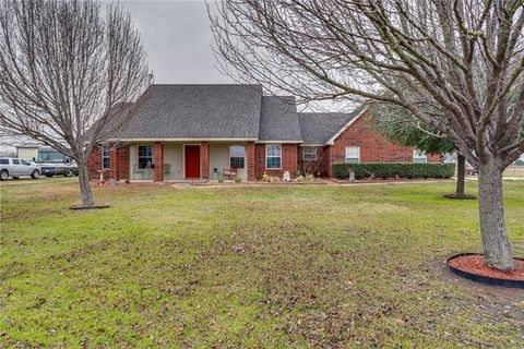 3681 County Road 2208, Greenville, TX 75402