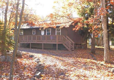 100 Saddle Brook Ln, Lords Valley, PA 18428