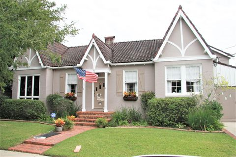 Country Club Gardens New Orleans La Real Estate Homes For Sale