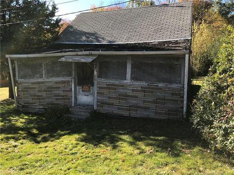 135 Cayuga Rd, Watertown, CT 06795