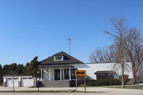 196 70th St, Dows, IA 50071