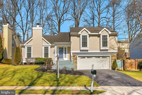Photo of 10916 Adare Dr, Fairfax, VA 22032